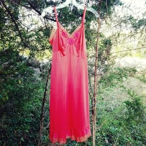 VTG Rogers Coral Lace Slip Nightie XS S